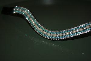 Cob - 3-3-6-3-3mm Aqua, pearls & crystal