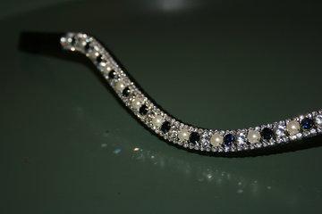 FULL - 3-6-3mm Navy, pearls & crystal
