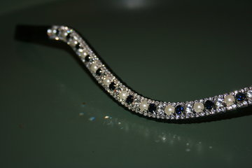 COB - 3-6-3mm Navy, pearls & crystal