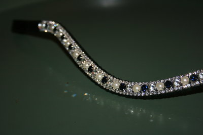 FULL - 3-6-3mm Navy, pearls & crystal